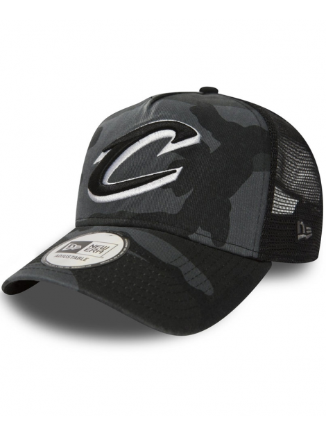 New Era Adjustable Cleveland Cavaliers Trucker Midnight Camo