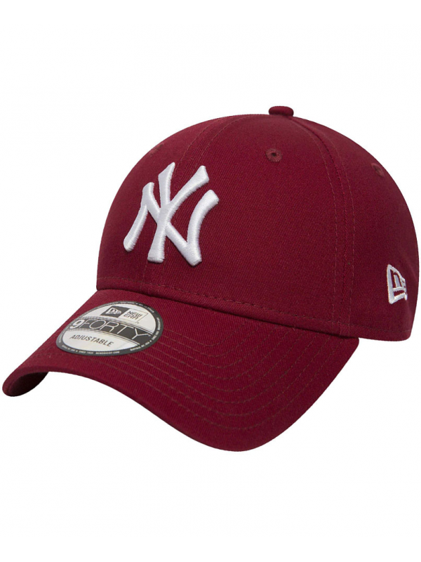 New Era 9Forty League Essential New York Yankees Cardinal Red