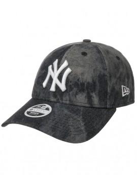 New Era Women 9Forty New York Yankees Tie Dye