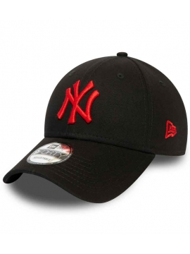 New Era 9Forty New York Yankees League Essential 940 Red Logo