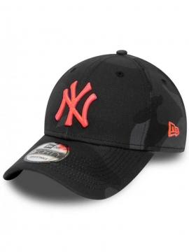 New Era NY Yankees 9Forty Neon Logo Camo Black